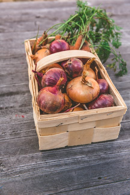onions basket purple white