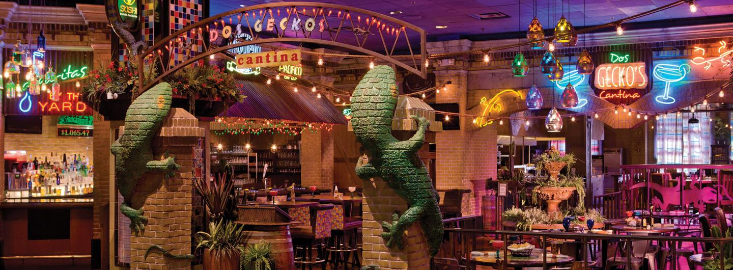 Front view of Dos Geckos cantina restaurant