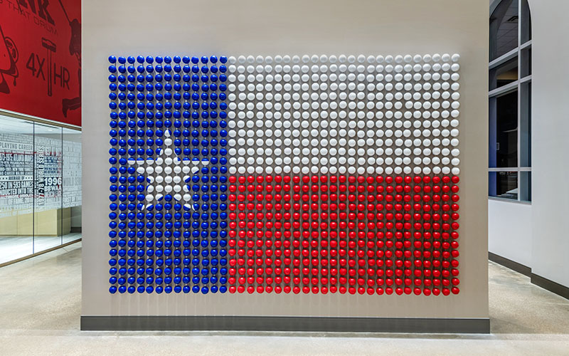 Painted baseballs create an unforgettable depiction of the texas state flag %281%29