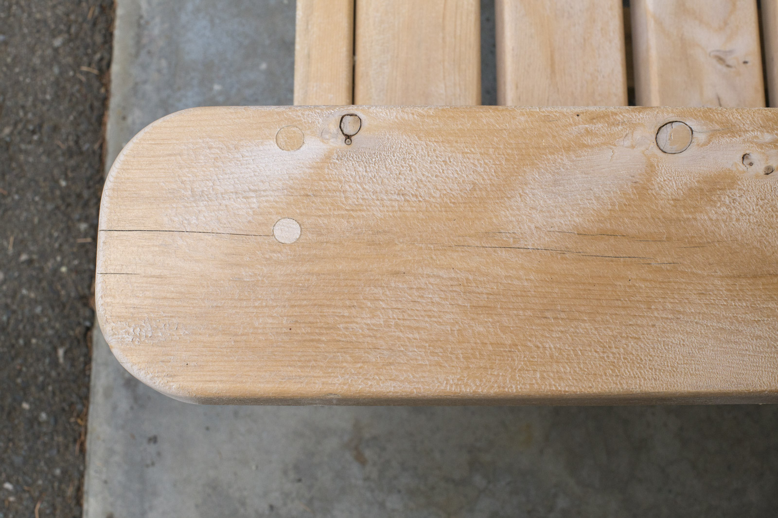 How to refinish a weathered bench dunn diy for Dunn lumber