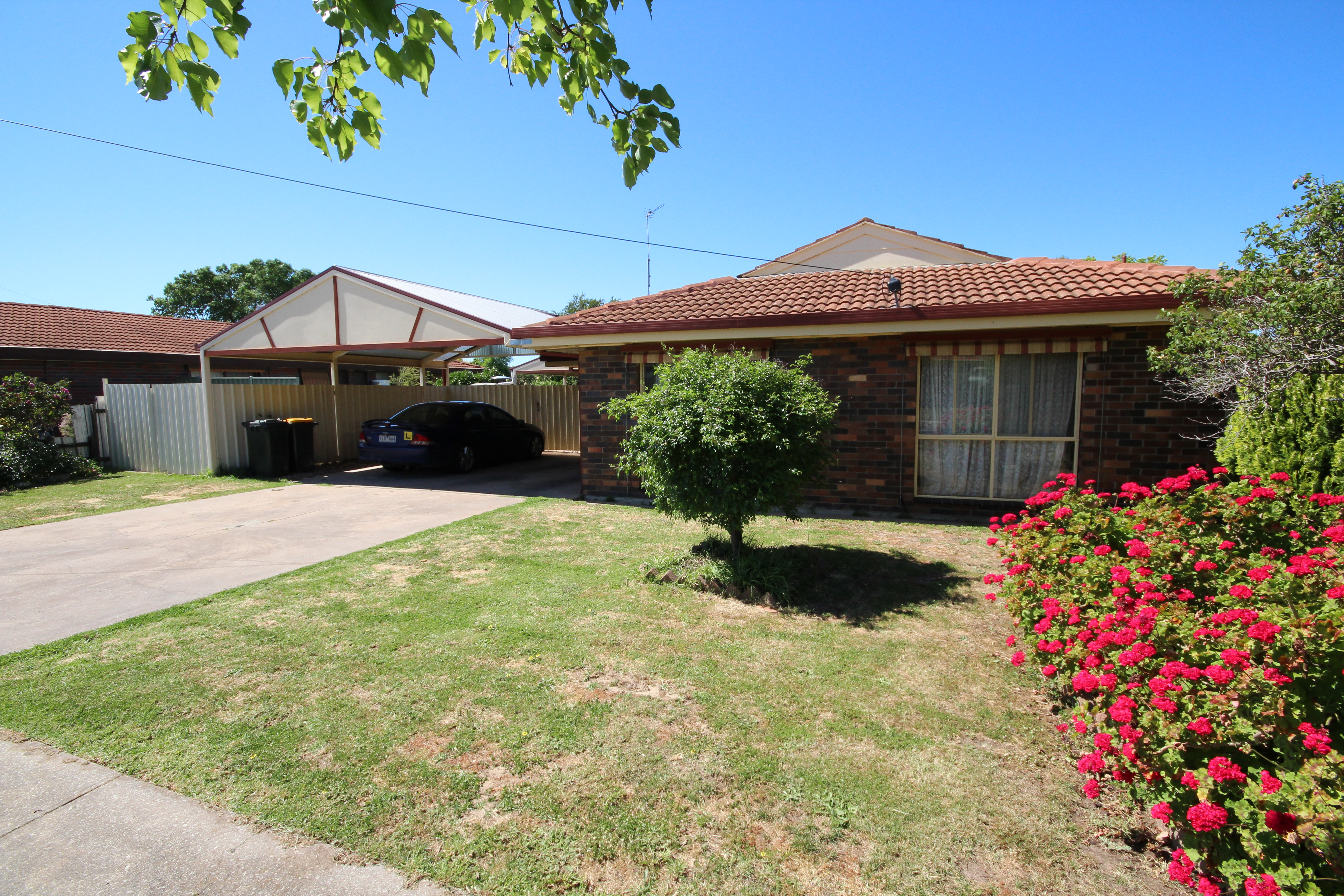 57 Federation Avenue, Horsham