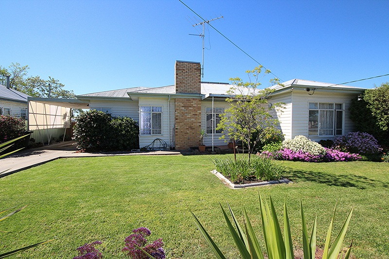 24 Laurel Street, Horsham