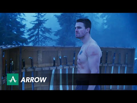 Promo for Arrow Mid-Season Finale and it's a Fight with Ra's Al Ghul!