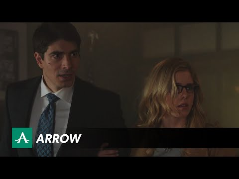 New Clip for CW's Arrow Shows Us Why Ray Palmer Needs a Super Suit So Badly