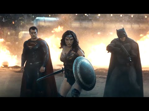 The Batman v. Superman: Dawn of Justice Trailer Hits the Internet Hard!