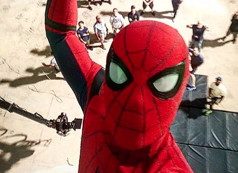 Tom Holland Takes a Spidey-Selfie on the set of Spider-Man: Homecoming!