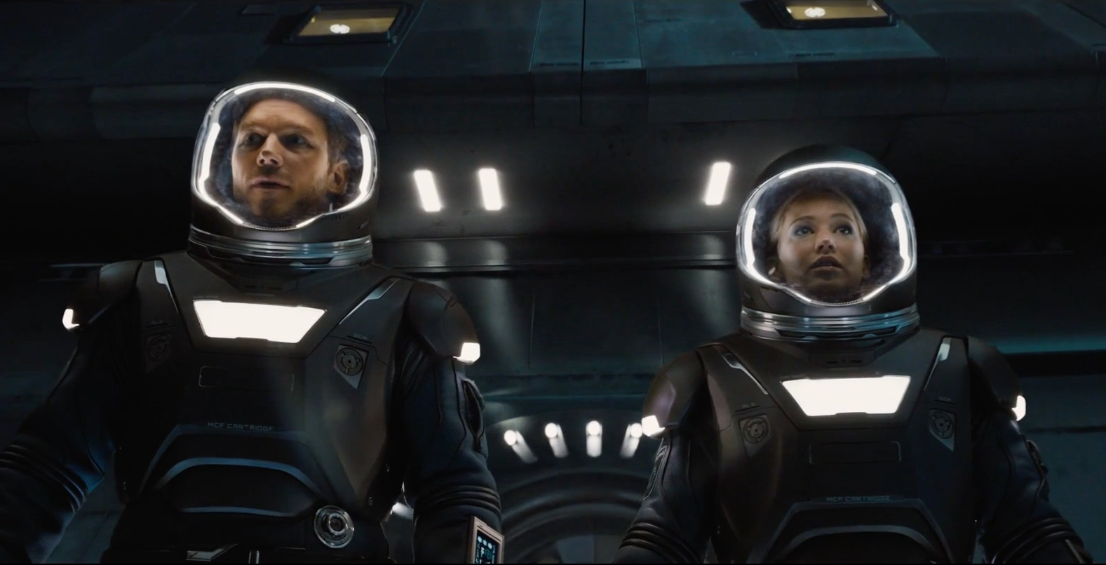 Chris Pratt & Jennifer Lawrence's Movie, Passengers, Finally has a Trailer