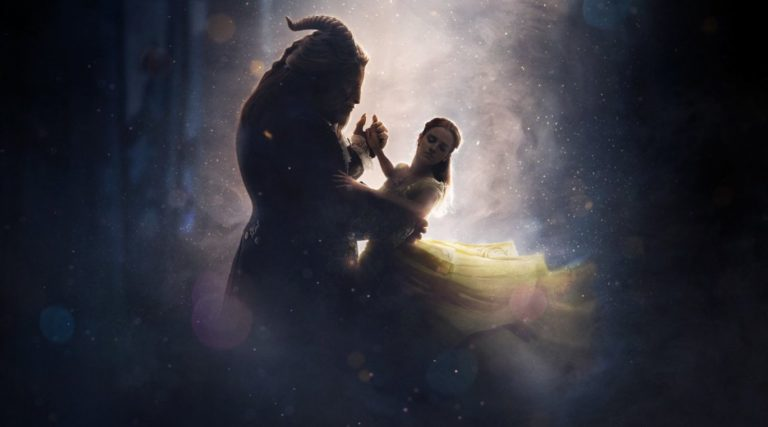 The Golden Globe's BEAUTY AND THE BEAST Trailer Features Emma Watson Singing!