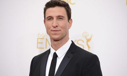 Damien Chazelle's FIRST MAN Astronaut Biopic Casts Its Jim Lovell