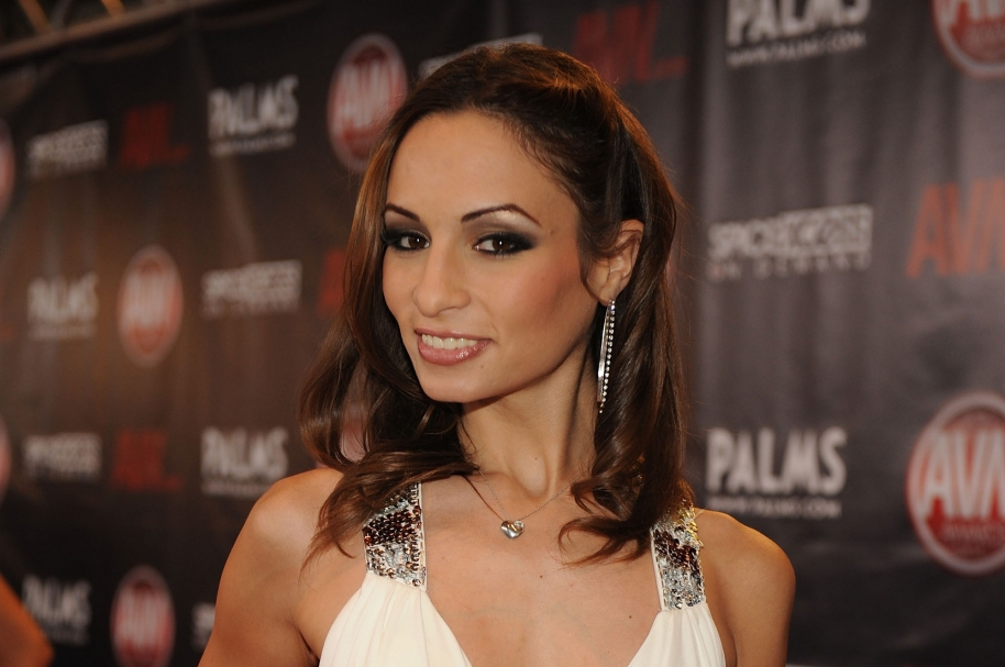Amber Rayne arrives at the 2010 AVN Awards at the Pearl at The Palms Casino Resort on January 9, 2010 in Las Vegas, Nevada. (Photo by Denise Truscello/WireImage)