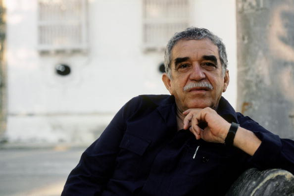 CARTHAGENA - FEBRUARY 20:  Colombian writer and Nobel prize in literature winner Gabriel Garcia Marquez poses for a portrait session on February 20,1991 in Carthagena, Colombia. (Photo by Ulf Andersen/Getty Images)