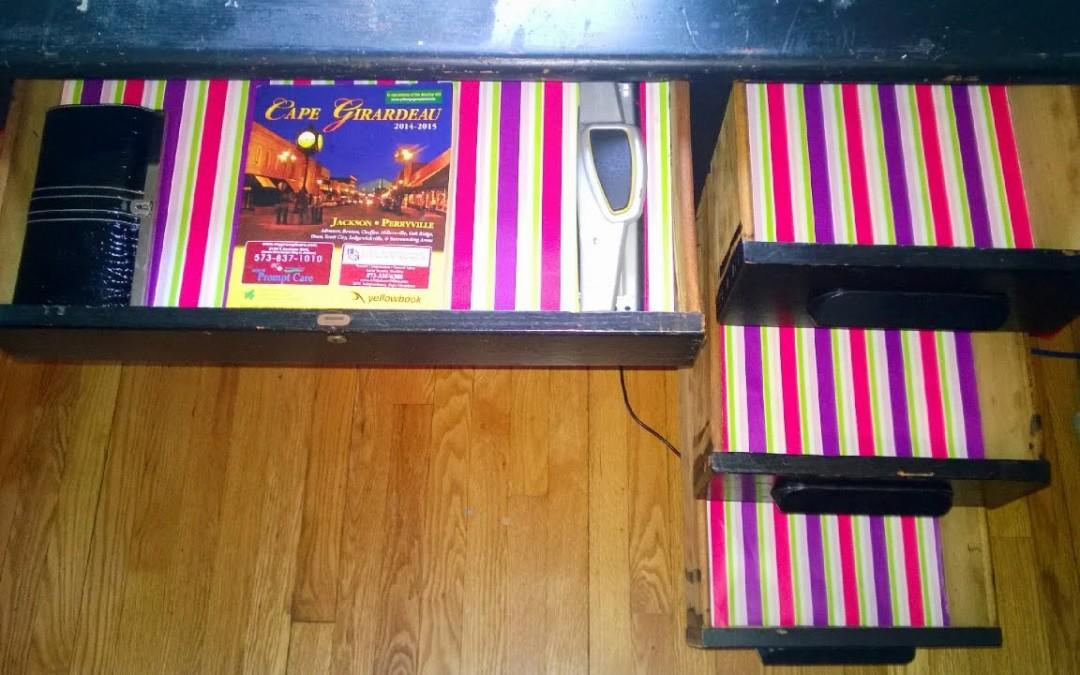 DIY Wallpaper Shelf Liner – Repurpose An Old Desk!