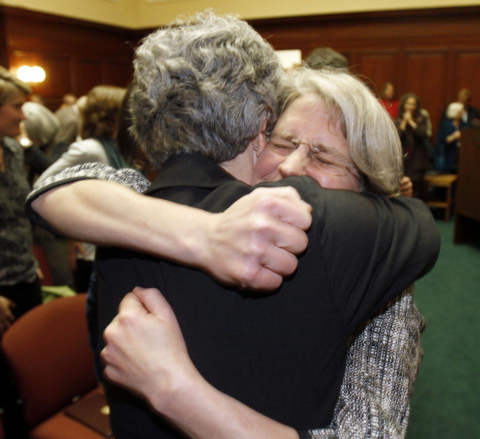Susan Murray and Beth Robinson served alongside GLAD's Mary Bonauto on the legal team in the landmark 1999 case seeking the freedom to marry in Vermont.