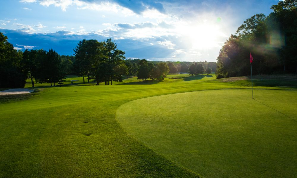 Join Segregansett Country Club in Taunton, MA