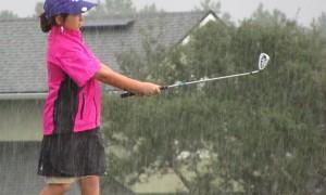 raingirl-golf-rain