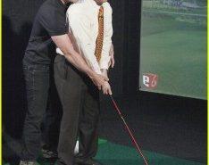 justin-timberlake-jimmy-kimmel-golf-cuddle-02-234x300