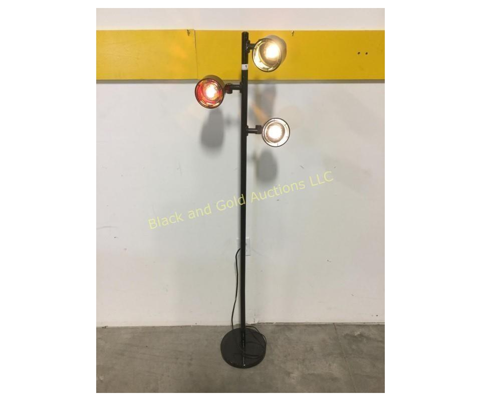 Color : Black Rust-Proof Retro Wrought Iron Candelabra with Handle for Easy Carrying Mostly for Desktop