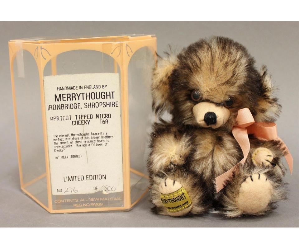 16 scale, Blythe stroller with teddy bear