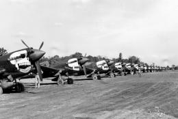 P-40_Warhawks_80th_Fighter_Group_in_the_CBI.thumb.jpg.33947e9f711d37b83f4c90525f013f20.jpg