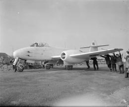 Gloster_Meteor_F.3_-_Royal_Air_Force-_2nd_Tactical_Air_Force,_1943-1945._CL2934.jpg