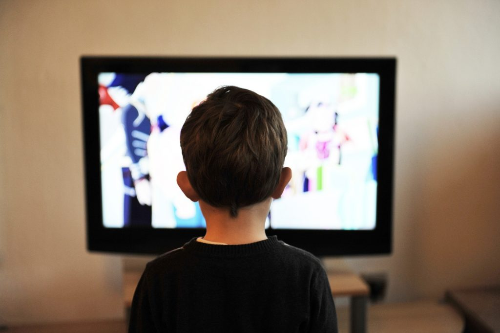 5 Benefits You Will Get When You Watch TV Less