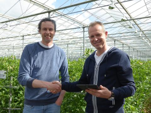 Together2Grow wins tablet