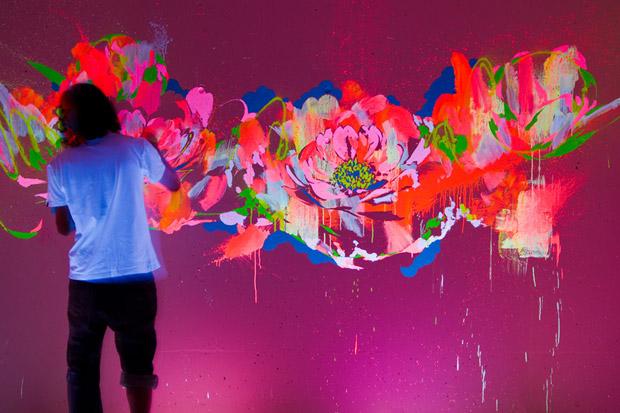 Самара - Люминофор - Светящаяся краска - Флуоресцентная краска - Невидимая краска - Холодный неон - Светящиеся обои - Технология