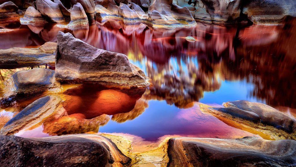 Rio Tinto, Spain. Image: wallup.net