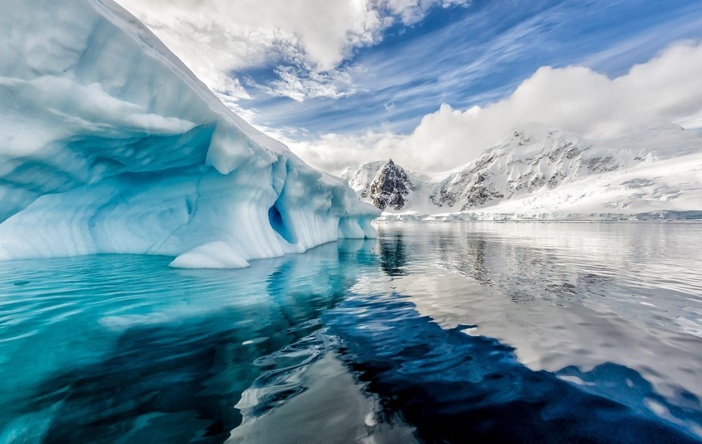 10 things you didnt know about antarctica 2 it is the coldest place on earth publicscrutiny Images