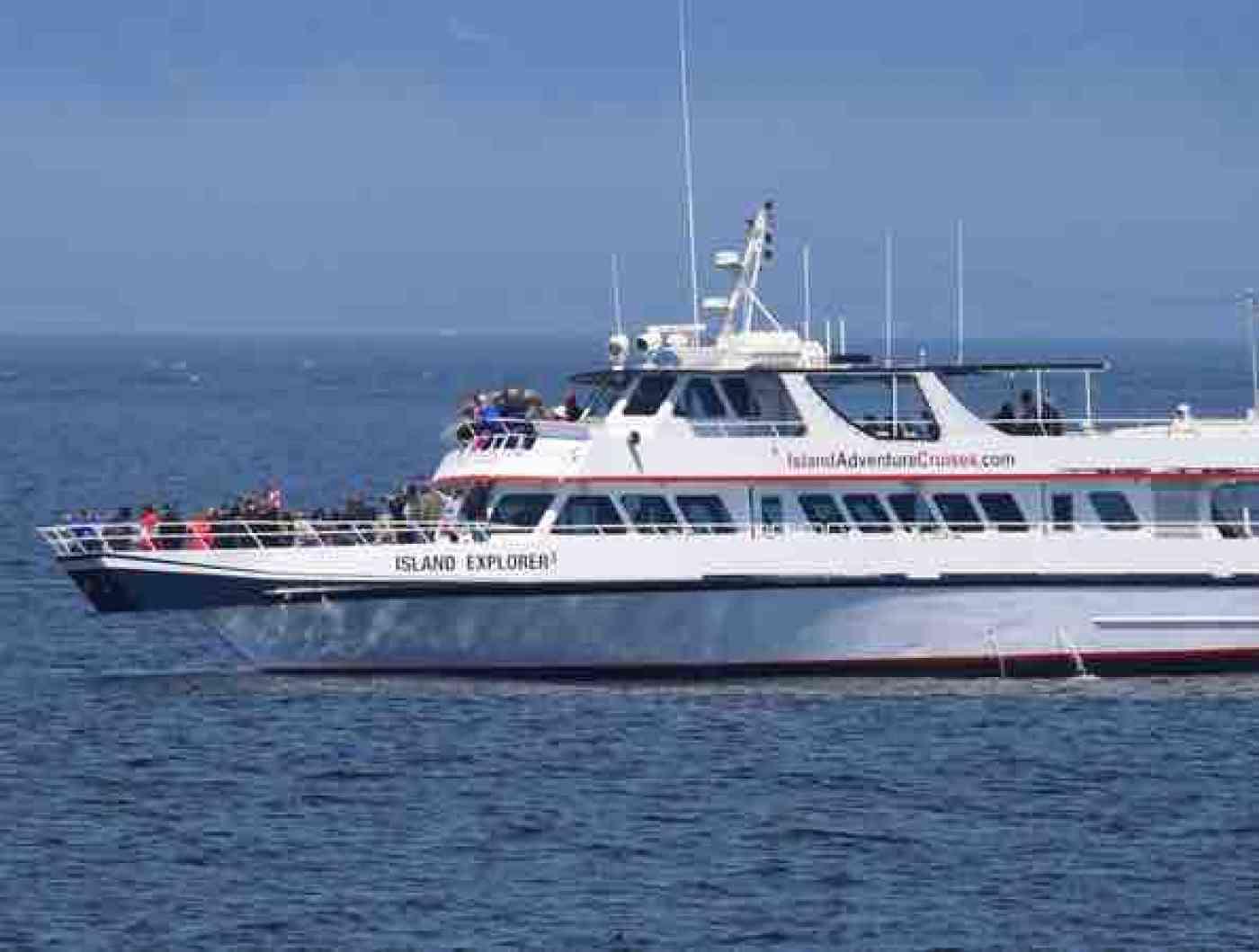 San Juan Islands Whale Watching Island Explorer 3