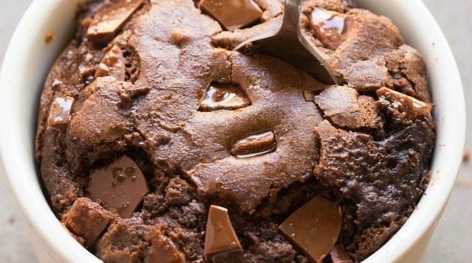 Healthy 1-Minute Brownie (Low-Carb, Vegan, Gluten-Free)