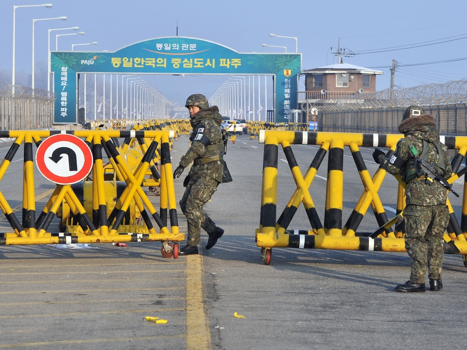 South Korean soldiers set up barricades across the road linking North Korea's Kaesong Industrial Complex last month. Jung Yeon-je/AFP/Getty Images