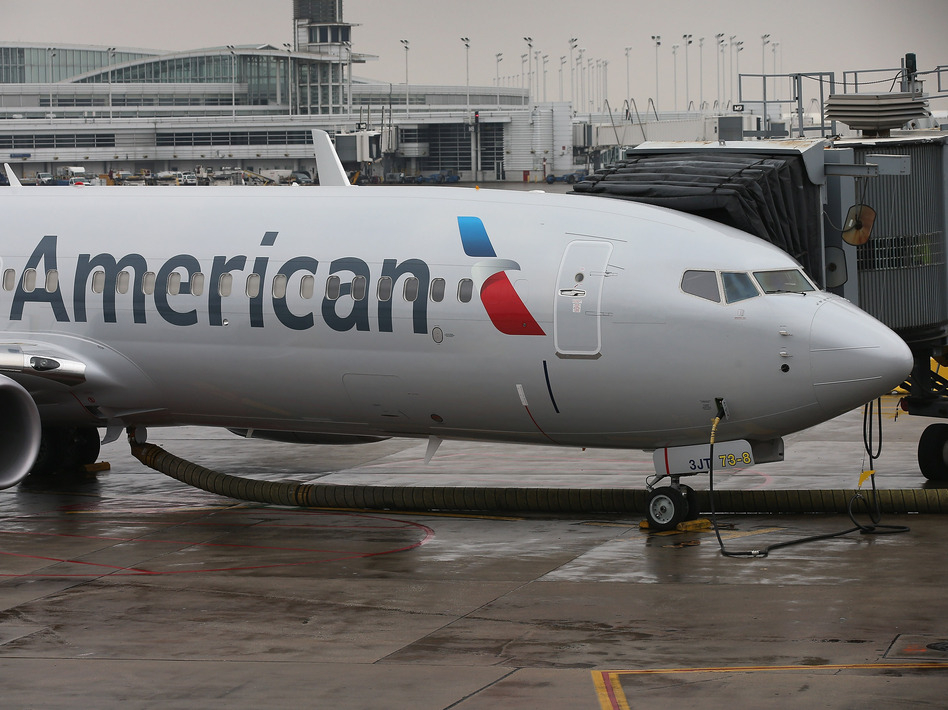 An American Airlines 737-800 aircraft in January. The 737-800 is one of several variants the FAA has ordered to be inspected. Scott Olson/Getty Images