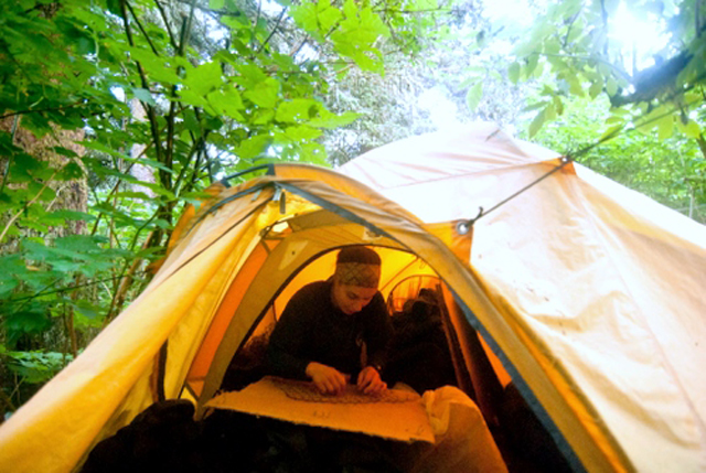 y day, Will returns to camp to record data. The number crunching happens at UAF in the fall. (SCS photo/Matt Dolkas.)