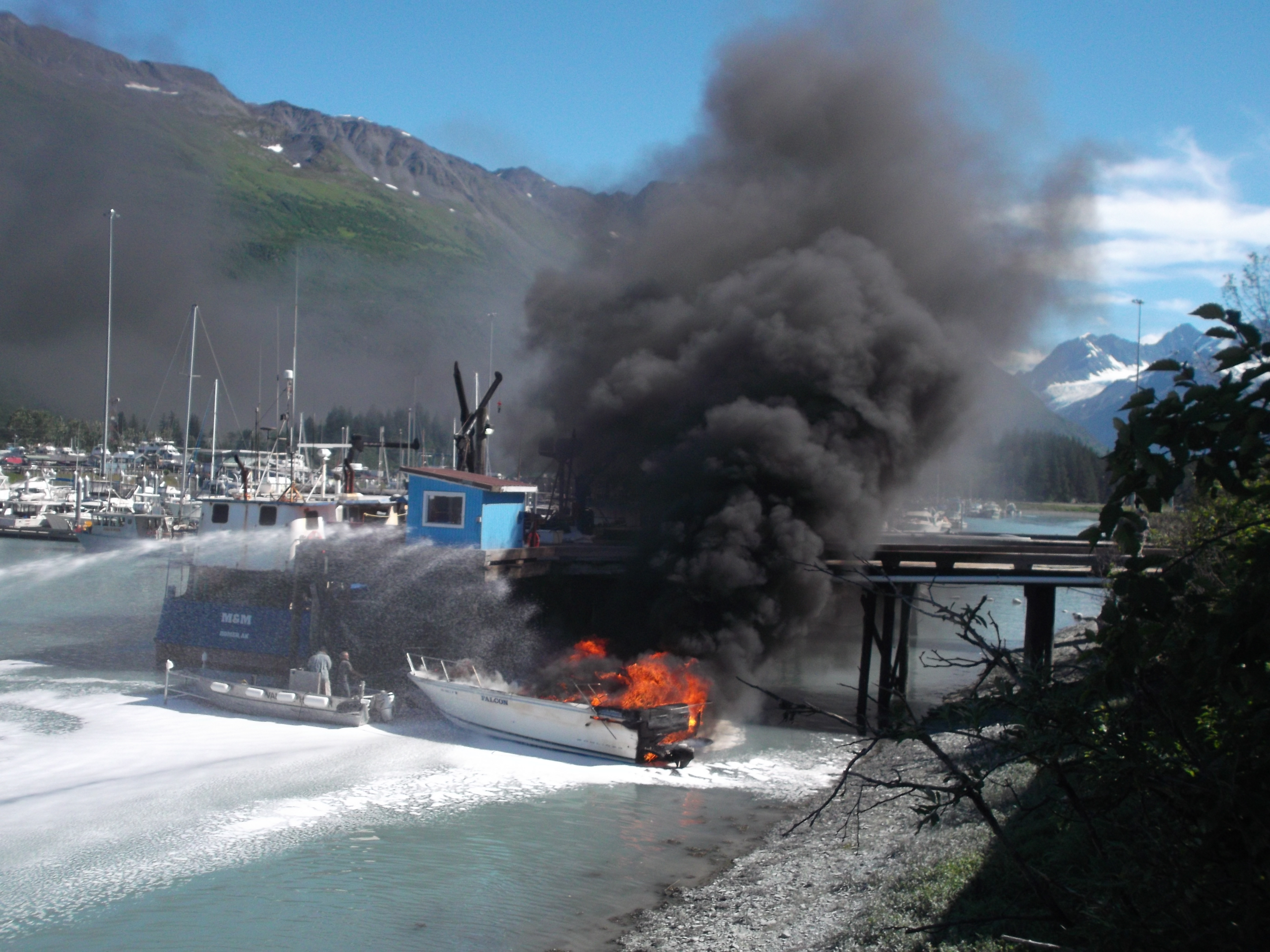 Valdez boat hire
