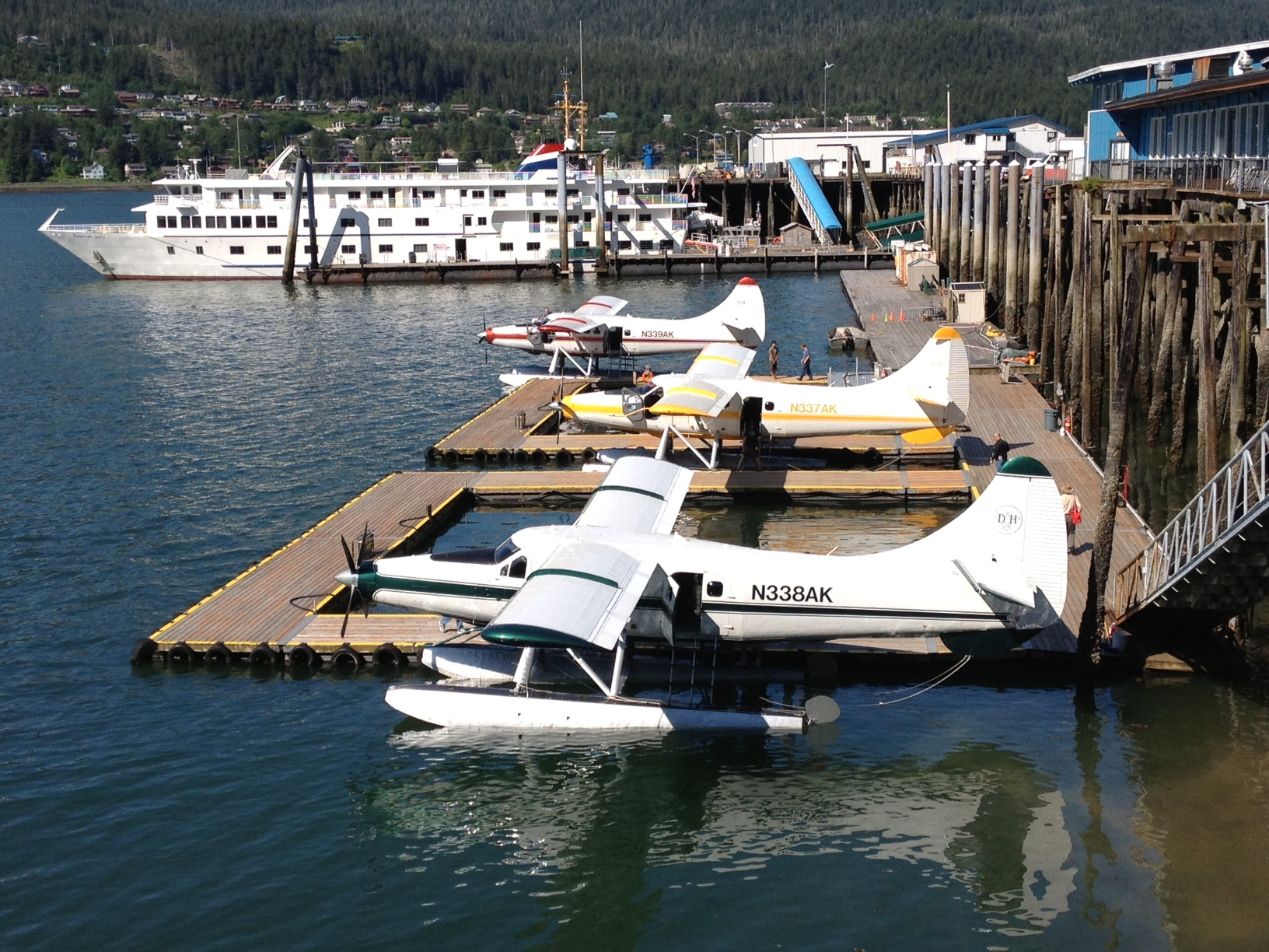 Float planes are often a source of loud noise downtown near Marine Park. (Photo by Lisa Phu/KTOO)