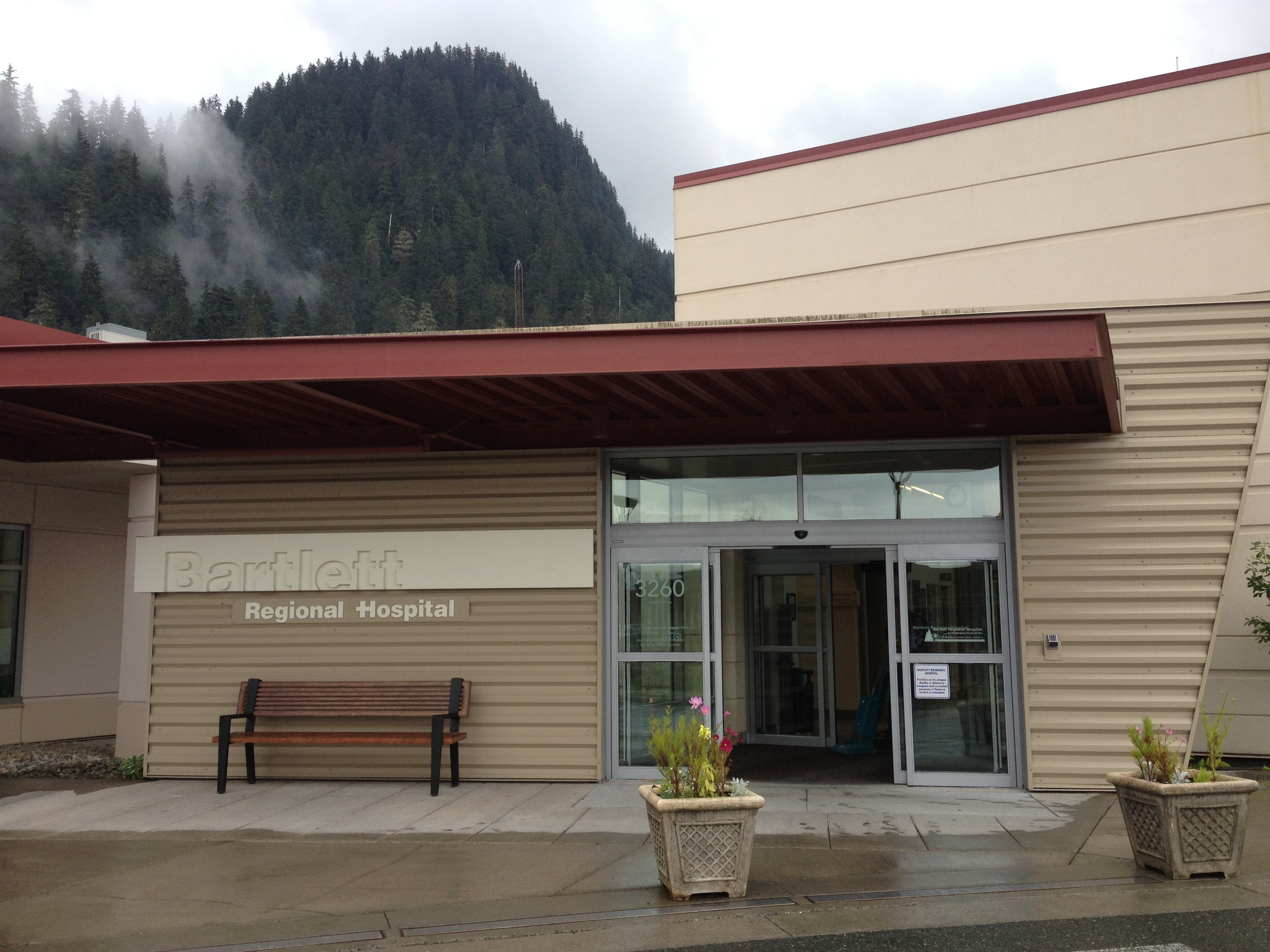 Enroll Alaska sets up office at Bartlett Regional Hospital starting Wednesday. (Photo by Lisa Phu/KTOO)