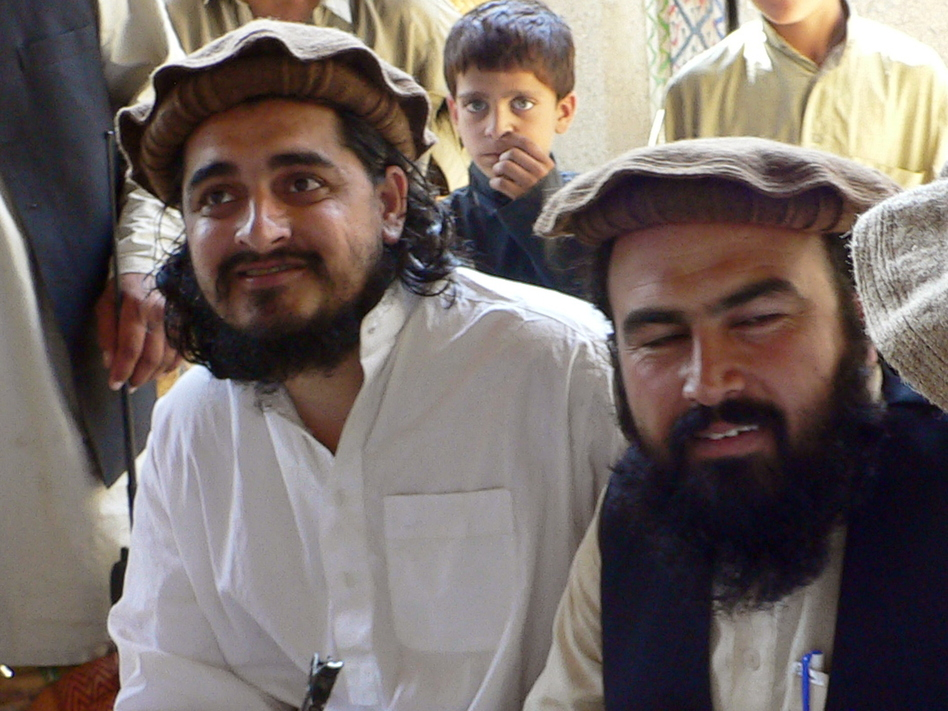 Pakistani Taliban chief Hakimullah Mehsud (left) with his commander Wali-ur Rehman in South Waziristan, in October 2009. AFP/Getty Images