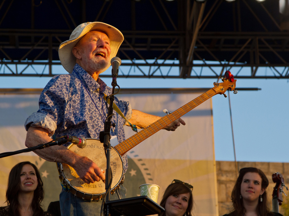 Pete Seeger closes out the 2011 Newport Folk Festival. Anna Webber/WireImage