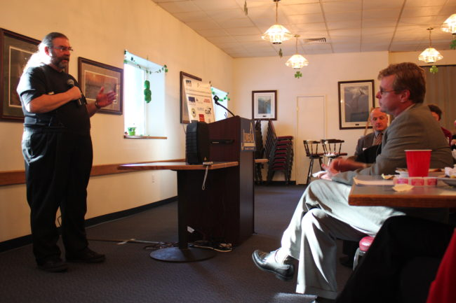 As a member of Law Enforcement Against Prohibition, former Wisconsin sheriff Lance Buchholtz speaks at a Juneau Chamber of Commerce lunch about why drugs should be legalized. (Photo by Lisa Phu/KTOO)