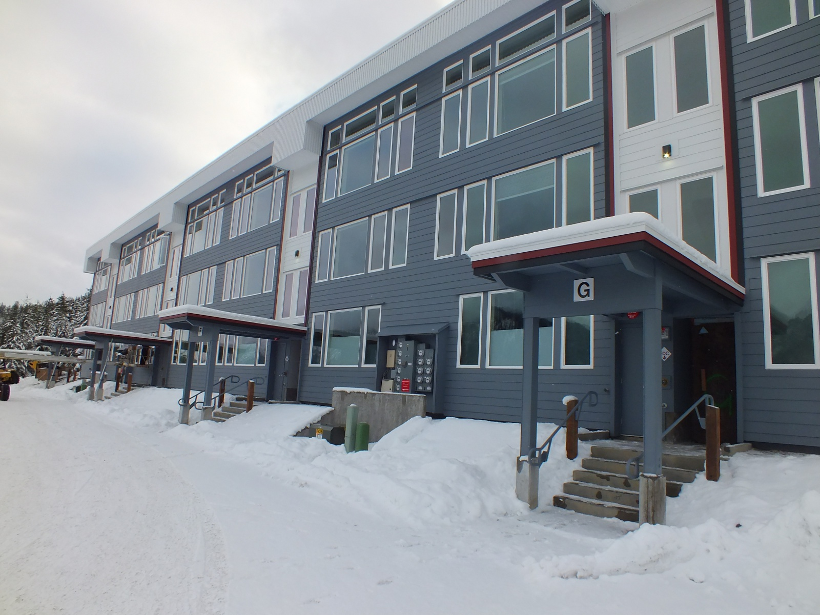 Coogan Construction's 24-unit Island Hills apartment complex in West Juneau is nearing completion. The city is hosting a forum on Monday for those interested in building more housing in town. (Photo by Casey Kelly/KTOO)