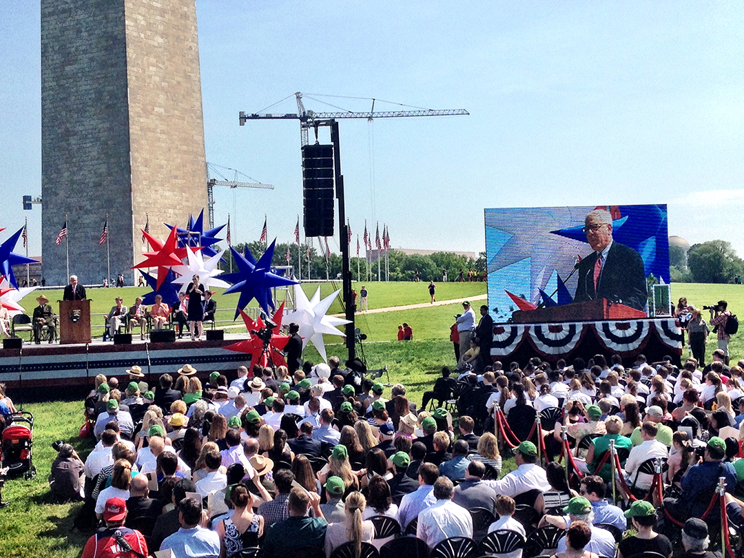 David Rubenstein on the Jumbotron at the Washington Monument Monday. (Photo by Liz Ruskin/APRN)