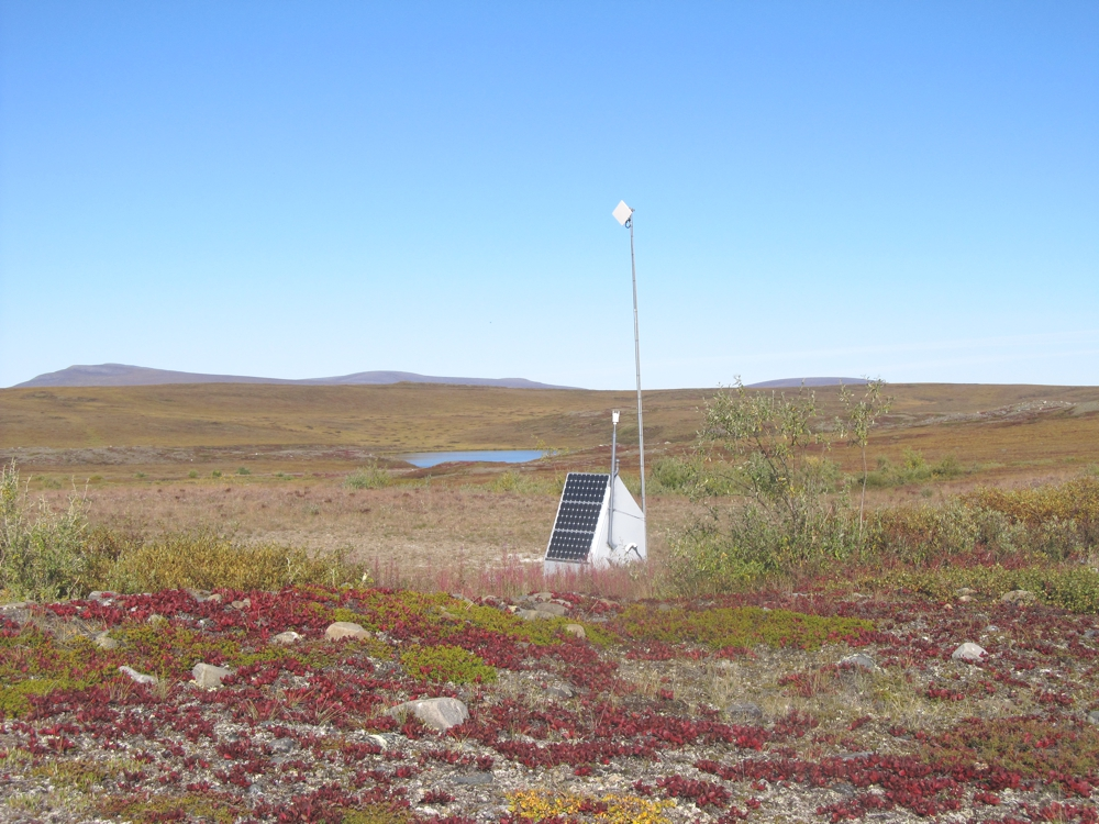 One of the first arrays was installed in Toolik in 2011. (Image courtesy EarthScope-USArray)