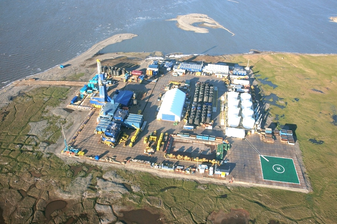 Point Thomson is approximately 60 miles east of Prudhoe Bay. (Photo courtesy Exxon)
