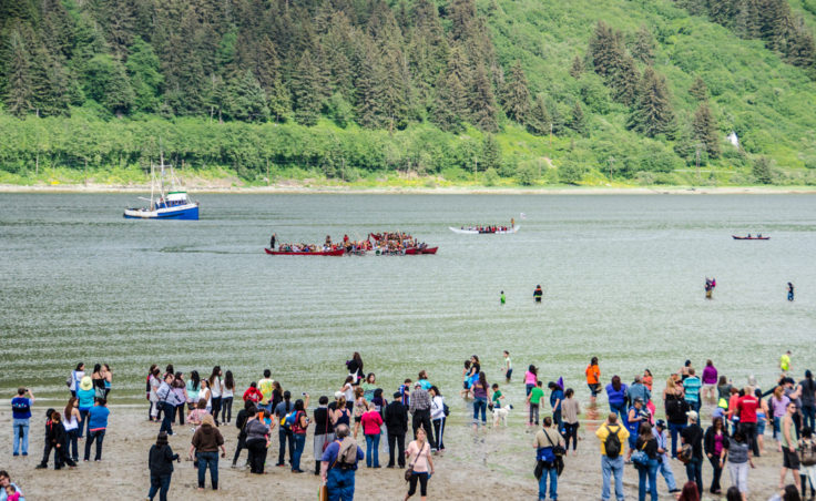 Canoes arrive at Sandy Beach just in time for Celebration.(Photo by Heather Bryant/KTOO)