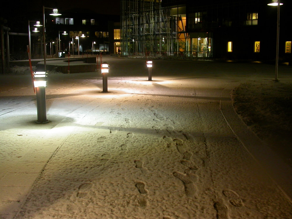 First snow outside the UAA/APU Consortium Library in Anchorage in 2006. (Creative Commons Photo by Mel Green)