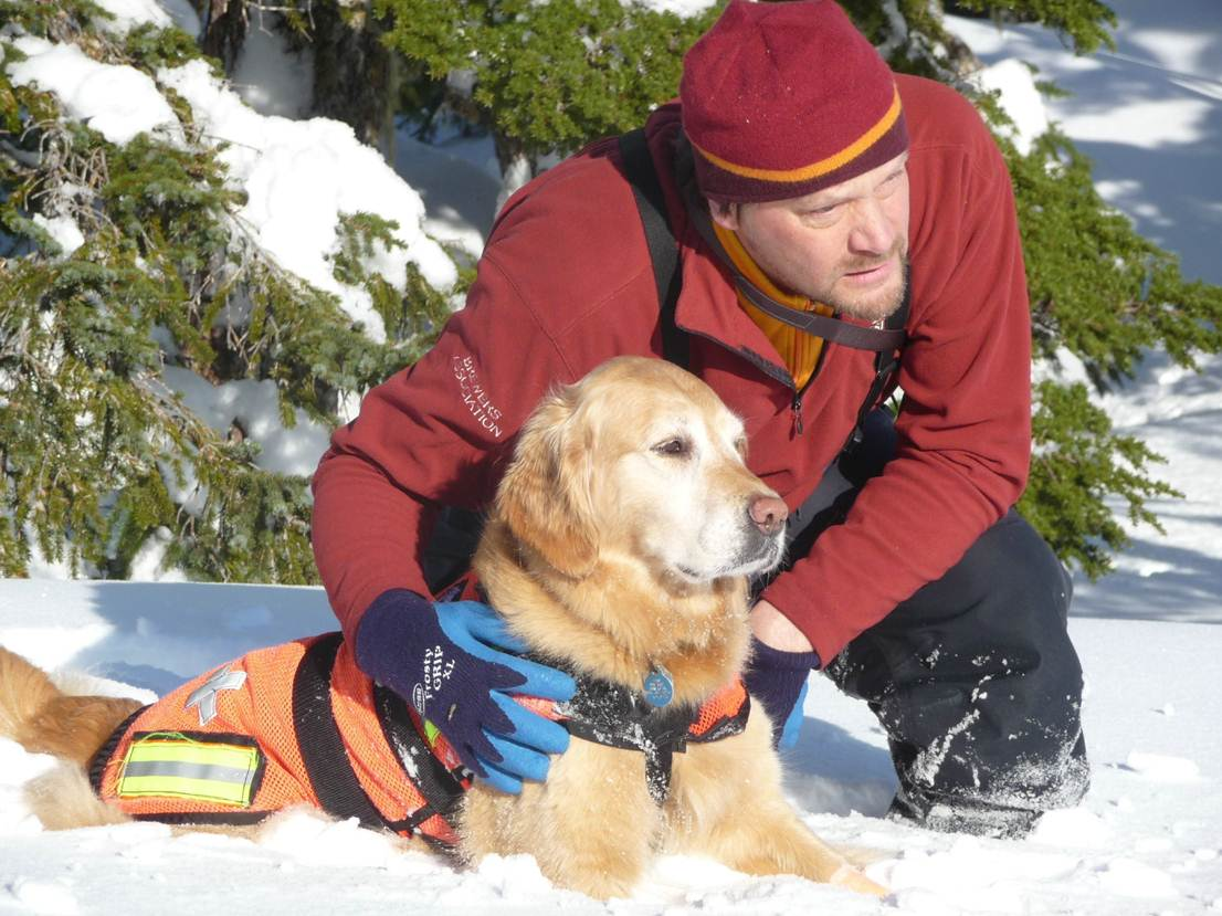 Geoff Larson and Jasmine during a previous winter. SEADOGS started avalanche training this weekend. (Photo courtesy Bruce Bowler)