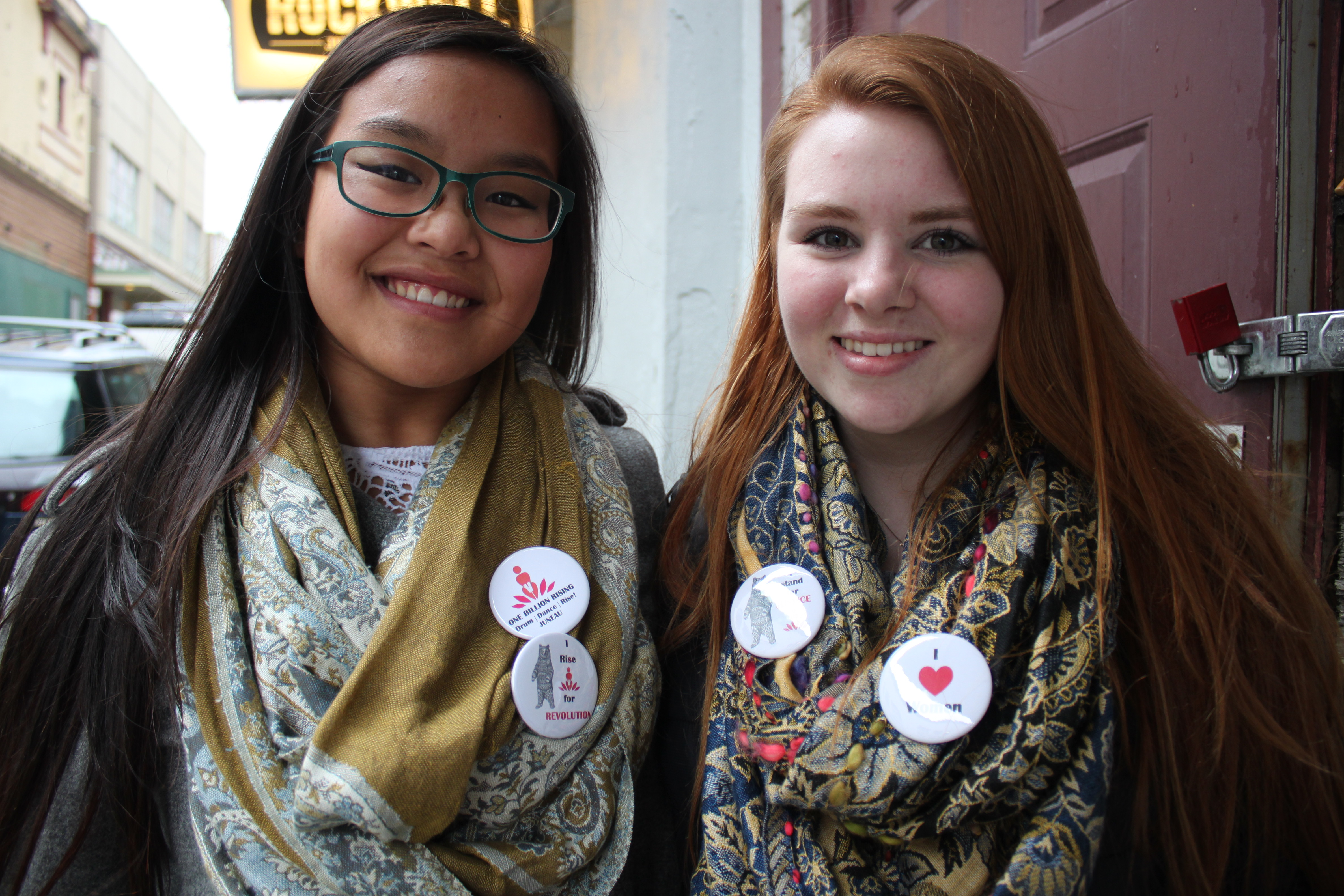 Yana Warner and Chantel Eckland, seniors at Juneau-Douglas High School, participated in the rally. (Photo by Lisa Phu/KTOO)