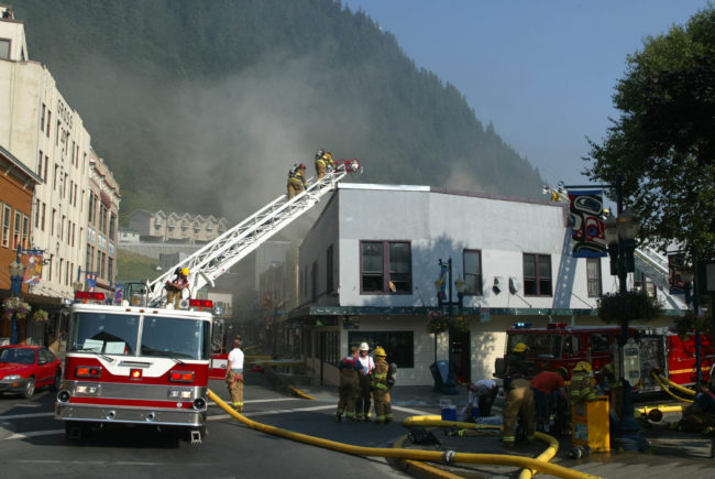 The 2004 Skinner Building fire didn't appear serious at first. (Photo by Brian Wallace)