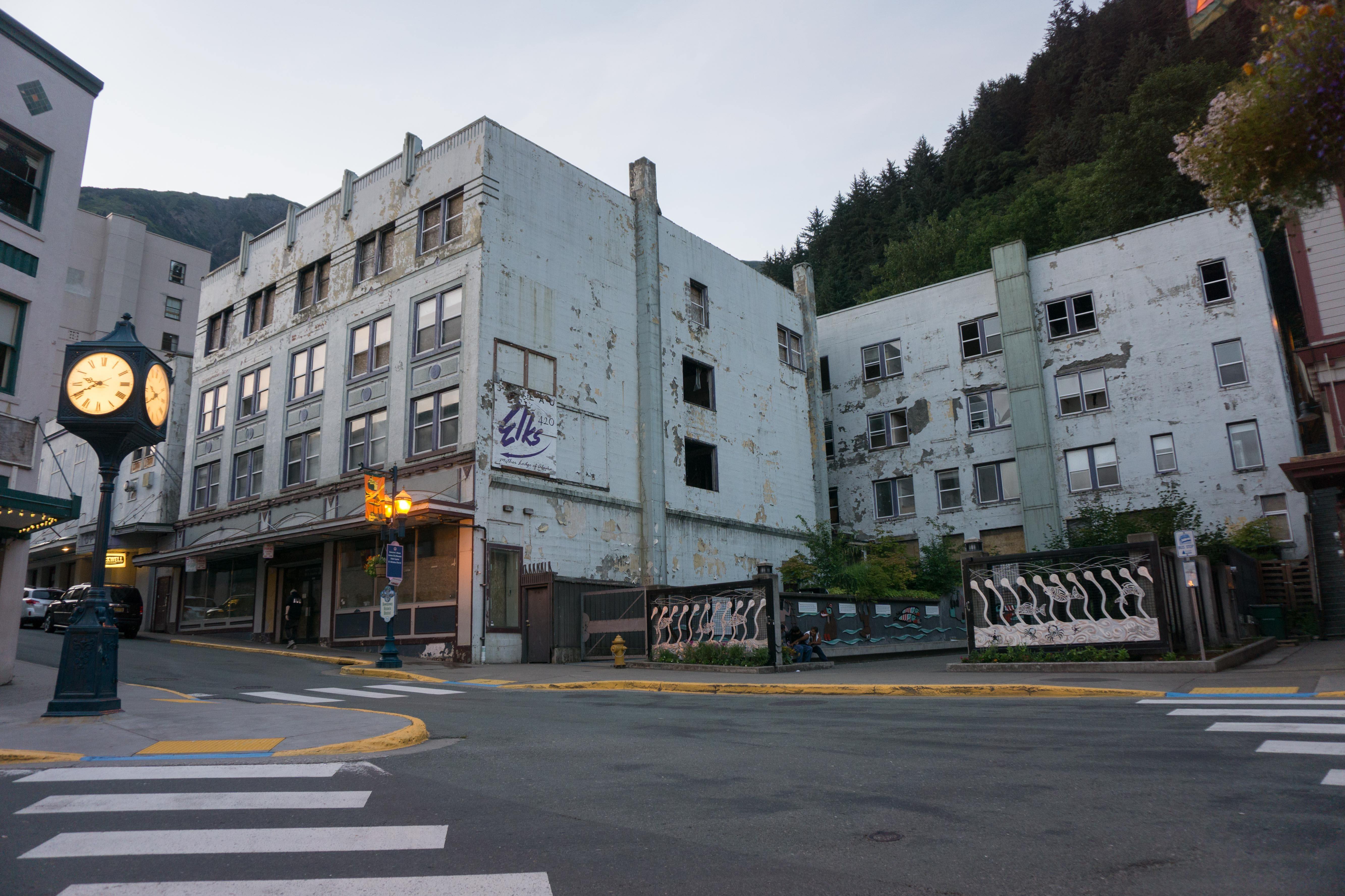 The derelict Gastineau Apartments, July 21, 2015. (Photo by Jeremy Hsieh/KTOO)